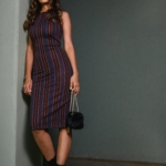 Knielanges Kleid fürs Büro